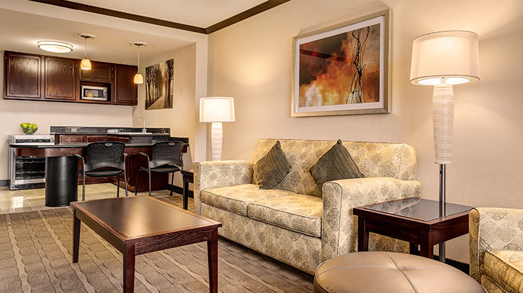 Crowne Plaza - Foster City Hotel, California Club Lounge