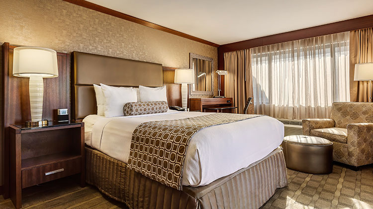 Executive Level King Guestrooms at Crowne Plaza - Foster City Hotel, California