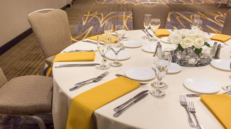 Social Events at Crowne Plaza - Foster City Hotel, California