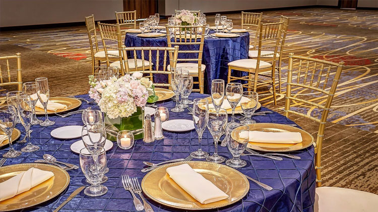 Crowne Plaza - Foster City Hotel, California The Sunflower Plated Wedding Package