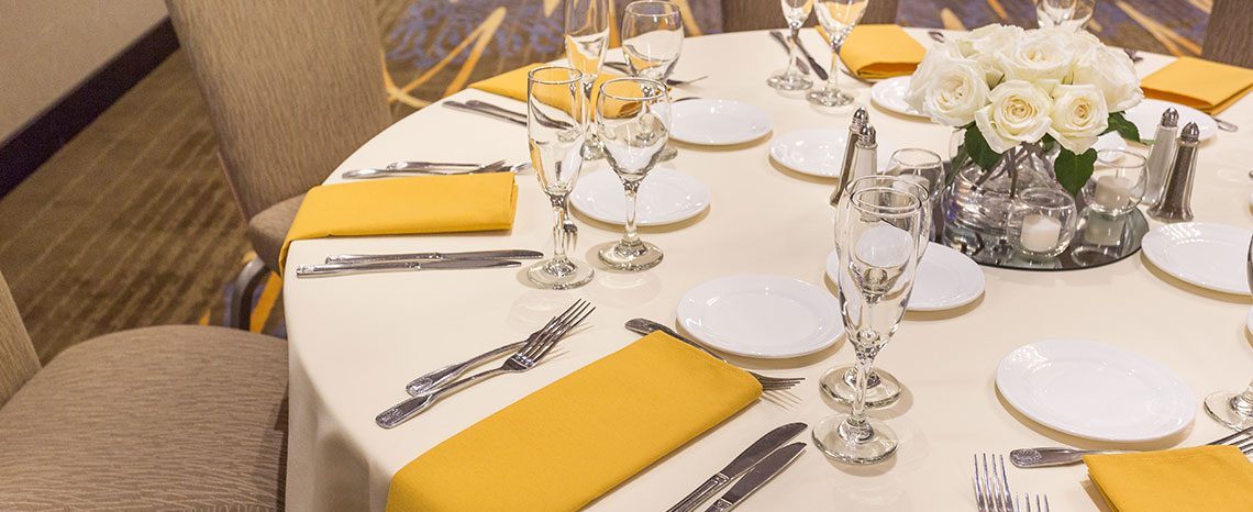 Crowne Plaza - Foster City Hotel Wedding Packages